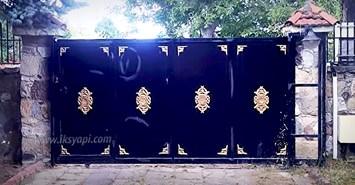 villa arac giris kapisi