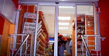 market otomatik cam kapi 2