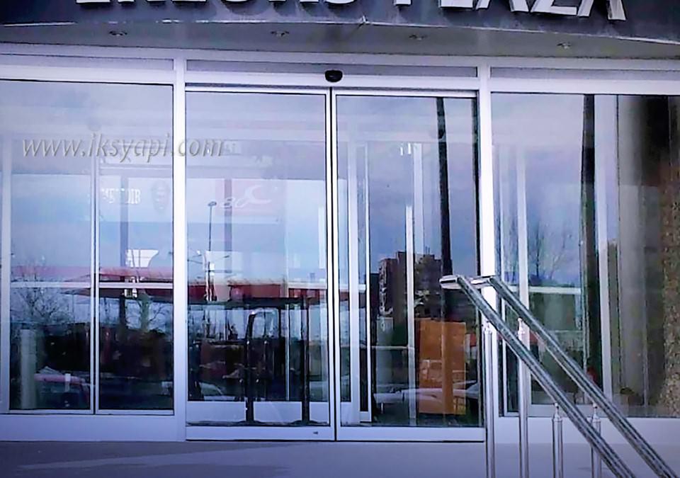 plaza otomatik cam kapi 4