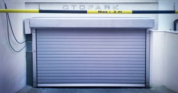 Speed garage door